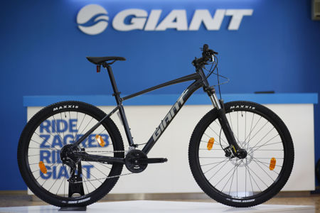 Picture of Giant Talon 29er 3 GE (2021.), crna
